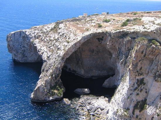 800px-blue-grotto-malta.jpg