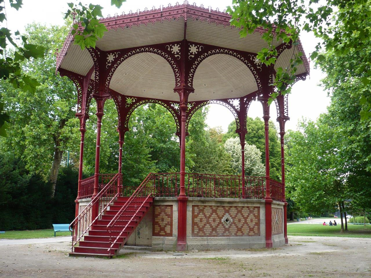 kiosque du jardin de ville grenoble. Black Bedroom Furniture Sets. Home Design Ideas