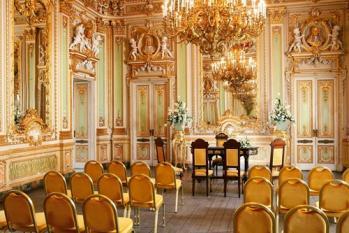 palazzo-parisio-6.jpg